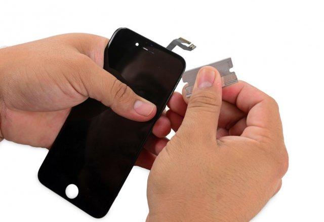 """3D Touch ekran sa iPhone 6s telefona je bio na """"seciranju""""! Evo šta se krije unutar njega!"""
