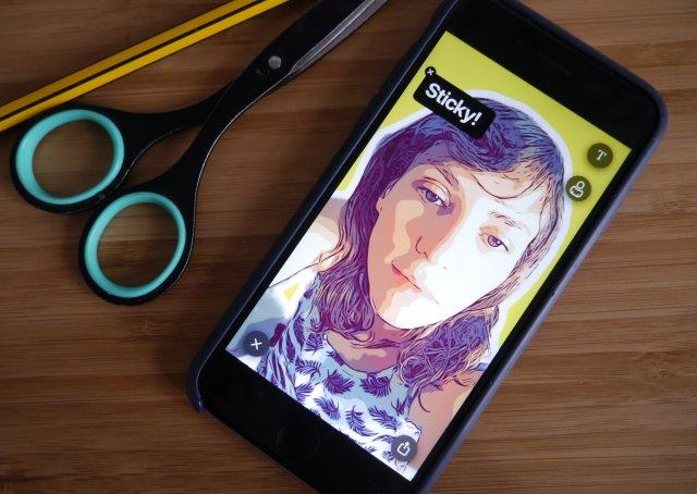 Aplikacije koje će vašu selfie fotografiju pretvoriti u emotikon ili stiker!