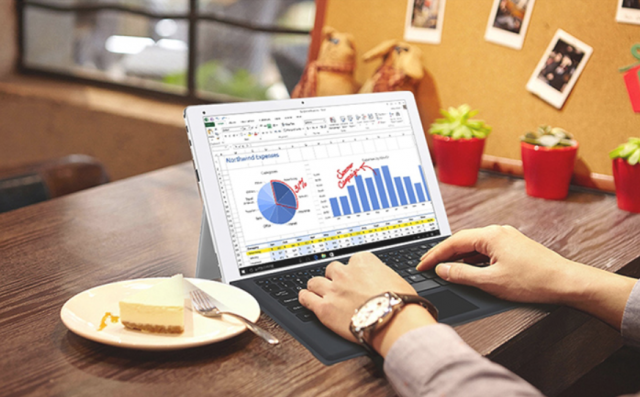 Cube iWork 12 je povoljna alternativa Microsoft Surface tableta! (VIDEO)