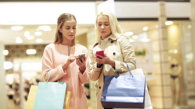 Danas su telefoni kao luksuzne torbe! Evo zašto tako mislimo...