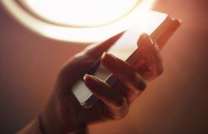 Evo zašto nije dozvoljeno korišćenje telefona u avionu?