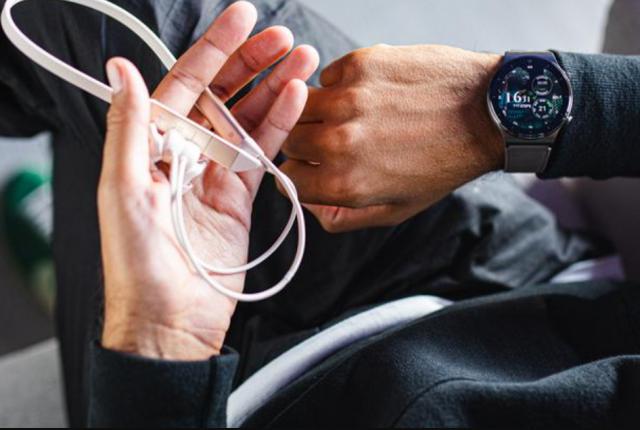FreeLace slušalice na poklon ako rezervišete Huawei Watch GT 2 Pro!