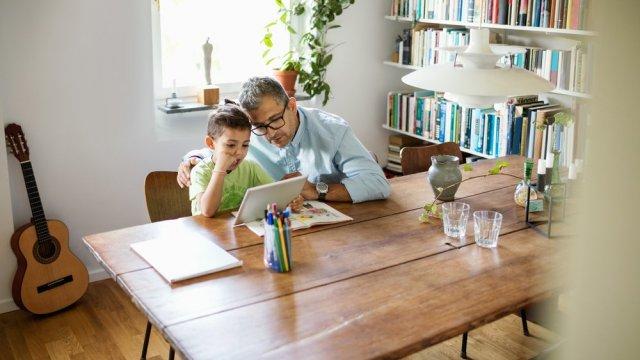 Google Family Link platforma će roditeljima omogućiti pametan nadzor dece!