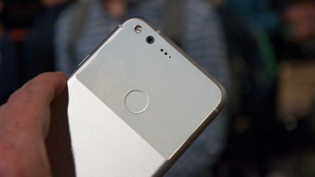 Google je po prvi put predstavio svoje telefone: Pixel i Pixel XL! Pišemo vam sve o njima! (VIDEO)