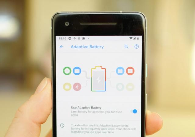 Honor 10 i Huawei Mate 10 Pro dobili Android 9 Pie custom ROM!