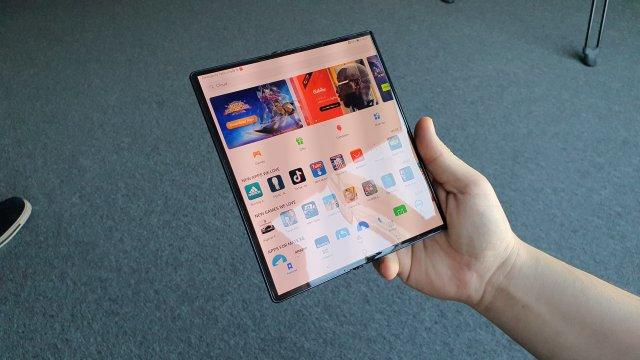 Huawei predstavio novi Mate Xs, MatePad Pro, laptop ove i rešenje za Google! (VIDEO)