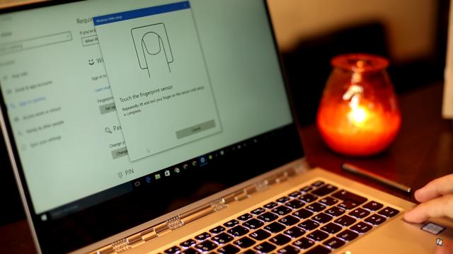 Kako otključati bilo koji Windows 8.1/10 računar putem otiska prstiju? [Windows Hello]