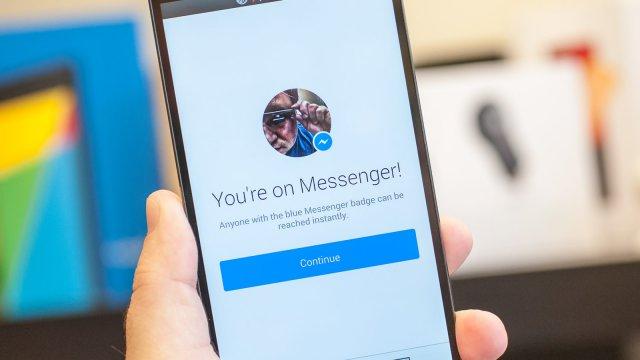 Kako promeniti nalog na Facebook Messenger aplikaciji?