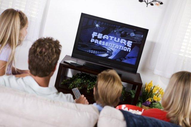 Kako pretvoriti običan TV u pametni televizor za samo 20€?