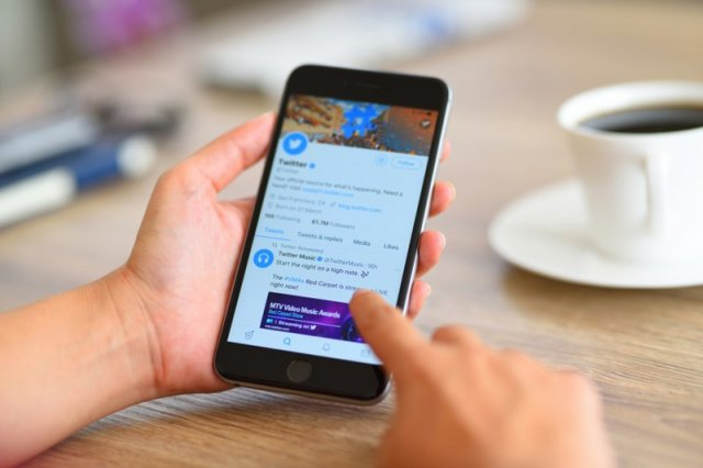 Kako privremeno deaktivirati ili izbrisati Twitter nalog?