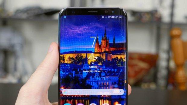 Kako promeniti namenu Bixby tastera na Galaxy S8 i Note 8 telefonima?