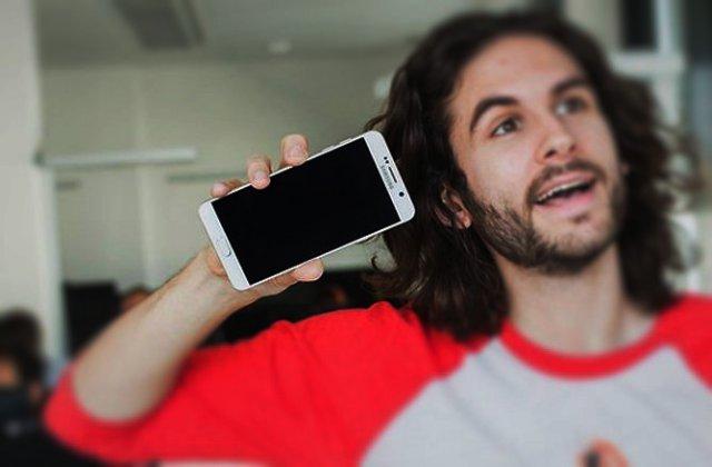 Kako slušati muziku sa YouTube-a dok je telefon zaključan!? (BEZ ROOT-a)