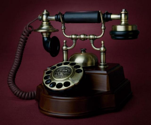 """Koji su to """"matori"""" telefoni koje i danas možete koristiti?"""
