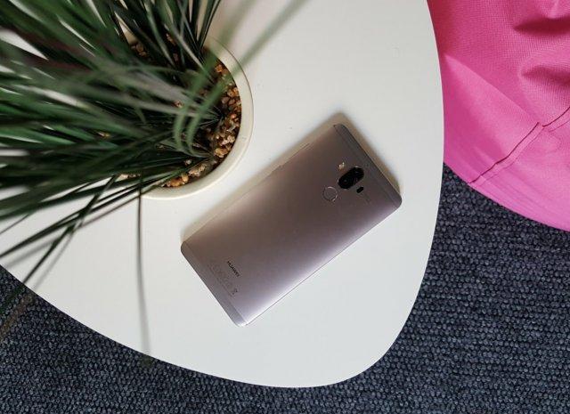 Najbolji veliki Android telefoni trenutno!