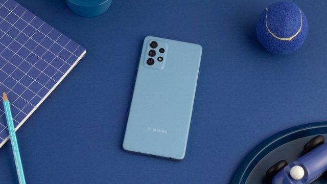 Objavljen Samsung Galaxy A72: Kao Galaxy S21, ali nema 5G!