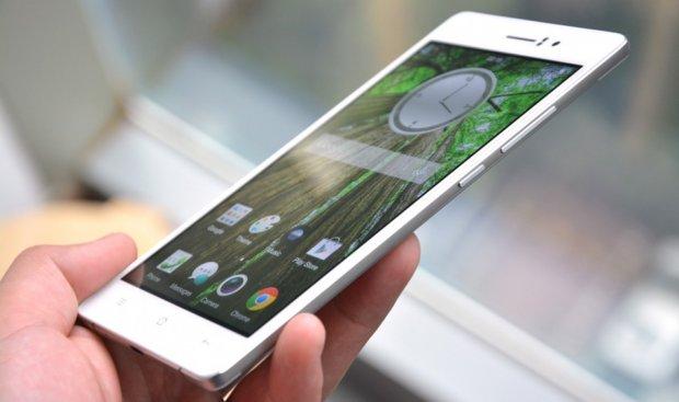 Moćni Oppo R5 je jedan od najtanjih telefona na svetu!