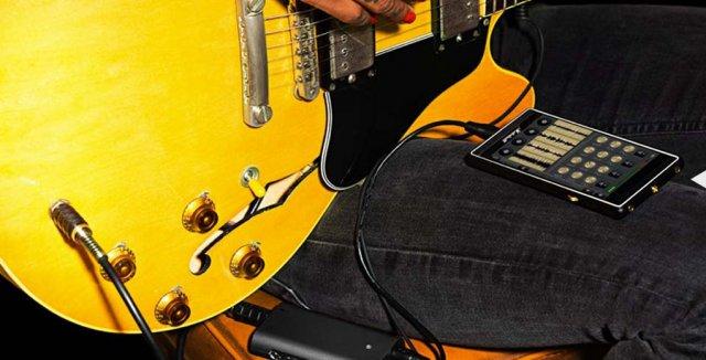 Ovo je možda prvi Rock & Roll telefon!