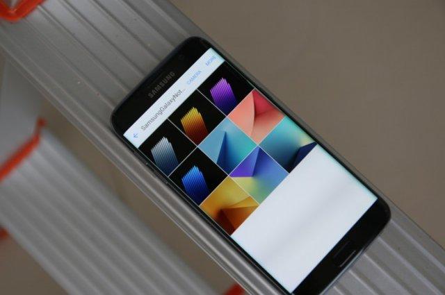 Preuzmite procurele pozadine nadolazećeg Galaxy Note 7 telefona!