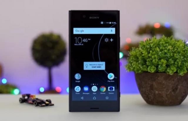 Preuzmite tamnu Substratum temu za Sony Xperia telefone!