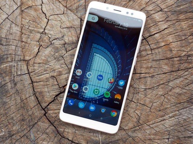 Prilično stabilan LineageOS 14.1 dostupan za Xiaomi Redmi Note 5 Pro!