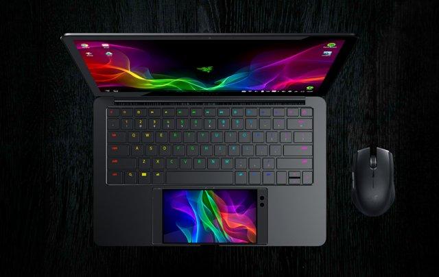 Razer je redstavio laptop kojeg u celosti pokreće telefon! (VIDEO) [CES 2018]