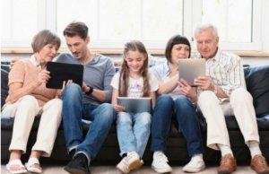 Roditelji će uskoro moći svojoj deci da daju džeparac putem telefona! (VIDEO)