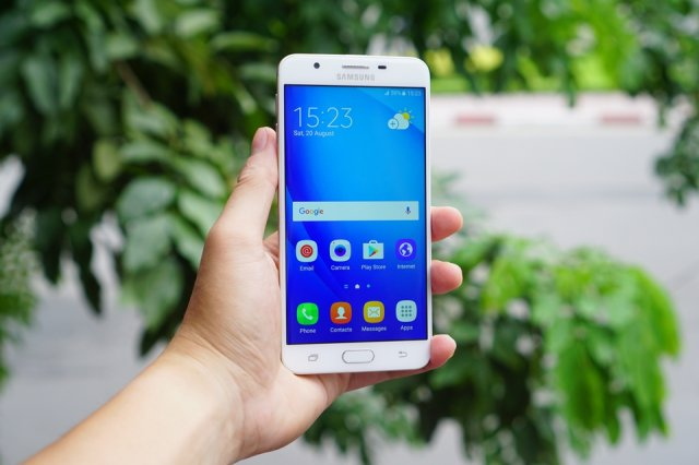 Samsung je zvanično predstavio novi Galaxy J7 Prime!