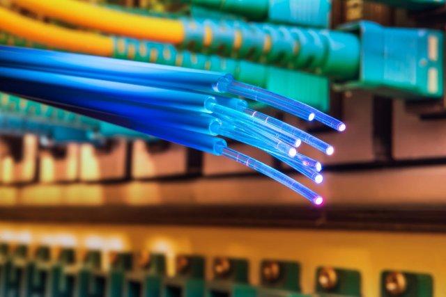 Saznajte sve o optičkom internetu!