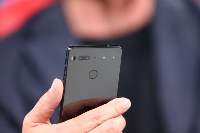 Zverka od telefona, Essential PH1, spažen u javnosti! (VIDEO)